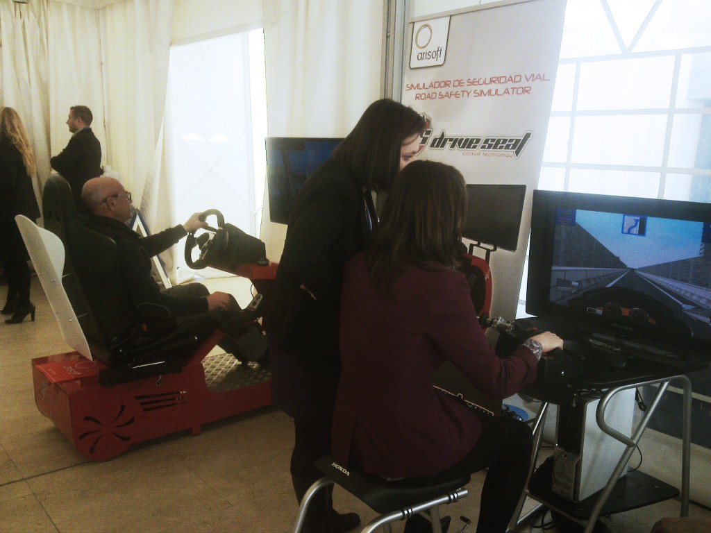 expoformacion2014_arisoft_simuladordeconduccion-1024x768